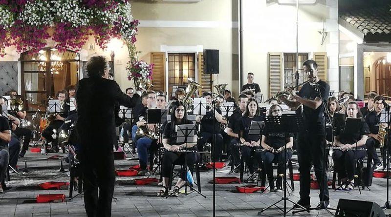 Festa di chiusura del LC Mirandola col Concerto della Banda John Lennon