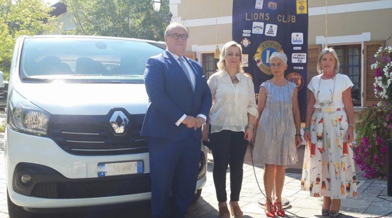 Lions Club ha donato un mezzo di trasporto ad Anffas